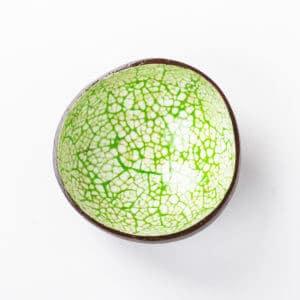 grüne Kokosnussschale